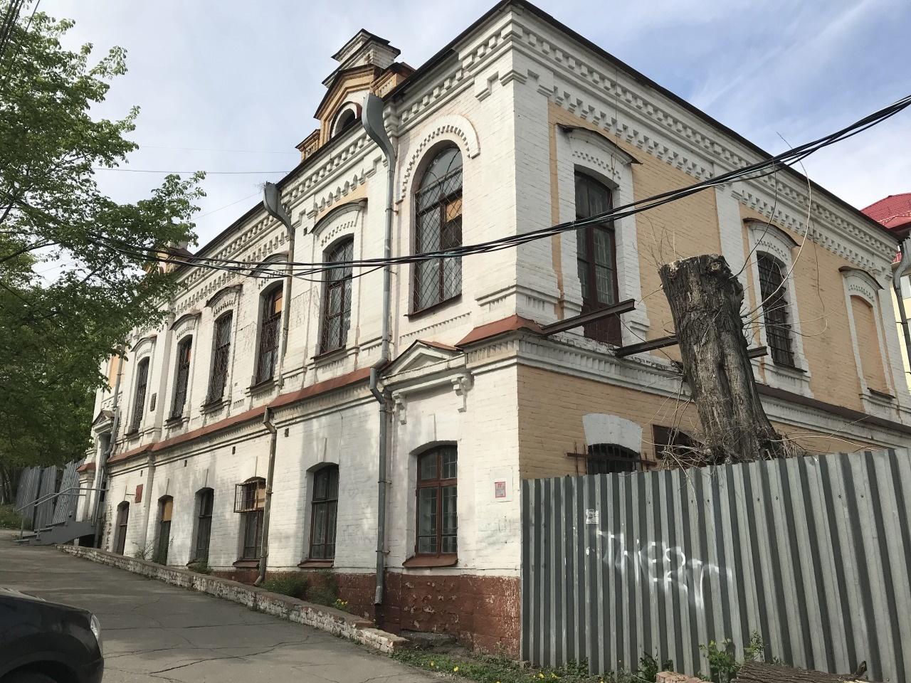 ул Шеронова, 64